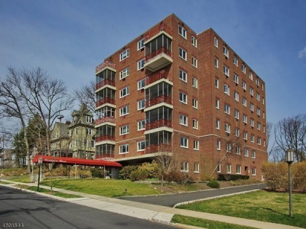 11 Euclid Ave Unit 3B