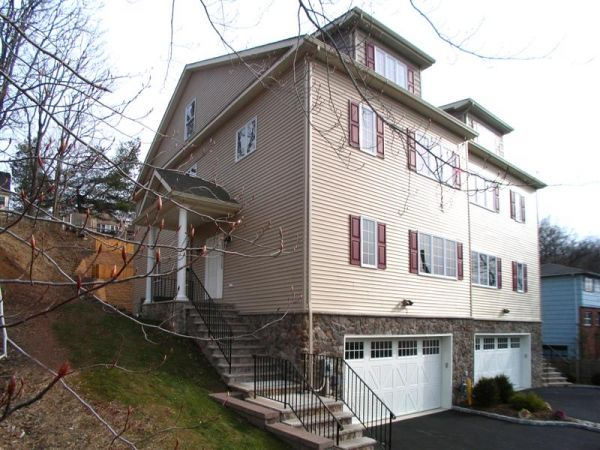 76 Park Terrace North, Caldwell, NJ
